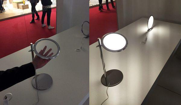 Faszinierende Technik: Die Discovery-Serie von Ernesto Gismondi. Die flachen Scheiben bestehen aus Glas mit einer gescratchten Oberfläche. Dadurch wird das LED-Licht gleichmäßig verteilt.
