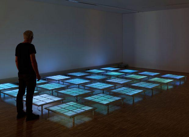 Daniel Hausig, Lichtkunst, Lichtskulptur, Leuchtkasten, Licht, Museum Celle, Licht-Labor, Kunst, Ausstellung, dynamic light