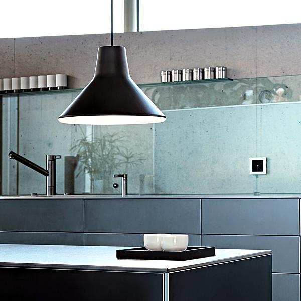 leuchtende ideen so erstrahlt jede k che im richtigen licht prediger lichtjournal. Black Bedroom Furniture Sets. Home Design Ideas