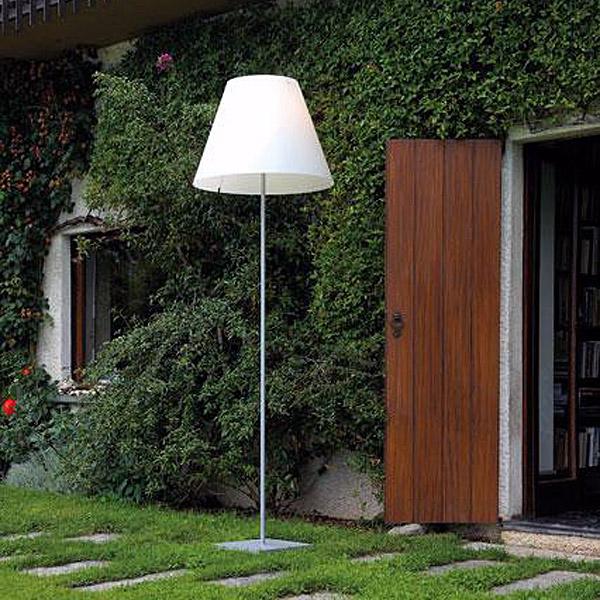 stehlampe f r draussen hohe led stehlampe anthrazit f r draussen quadratisch led stehlampe. Black Bedroom Furniture Sets. Home Design Ideas