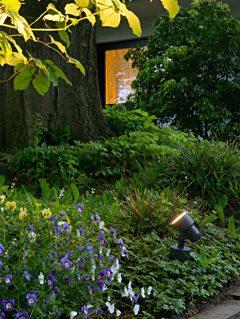 Licht im Garten - mobile Strahler