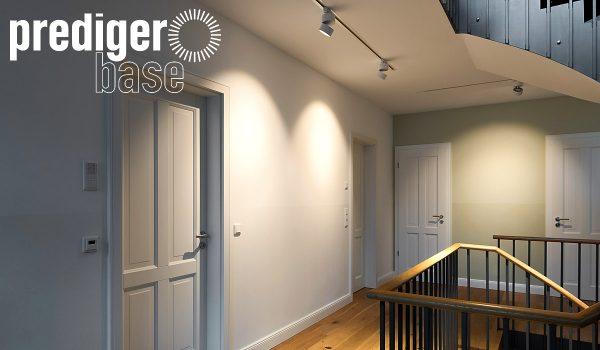 Die neue Marke für ausgezeichnetes Licht heißt prediger.base. Die Leuchten wurden eigens von den Prediger Lichtberatern entwickelt und auf die Kundenbedürfnisse abgestimmt. Das sieht man, oder?! Foto: Prediger