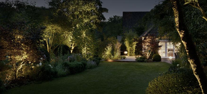 Außenleuchten Garten -  Bega Streuender Kompaktscheinwerfer mit Montagedose