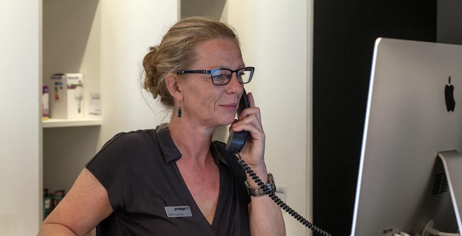 Termine für eine Lichtberatung können Sie online, telefonisch oder im Showroom vereinbaren.